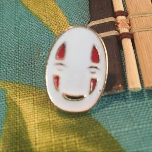 Accessories - No Face Spirited Away Pin